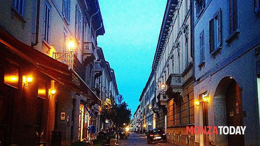 Monza divieti ztl in via bergamo for Via bergamo monza