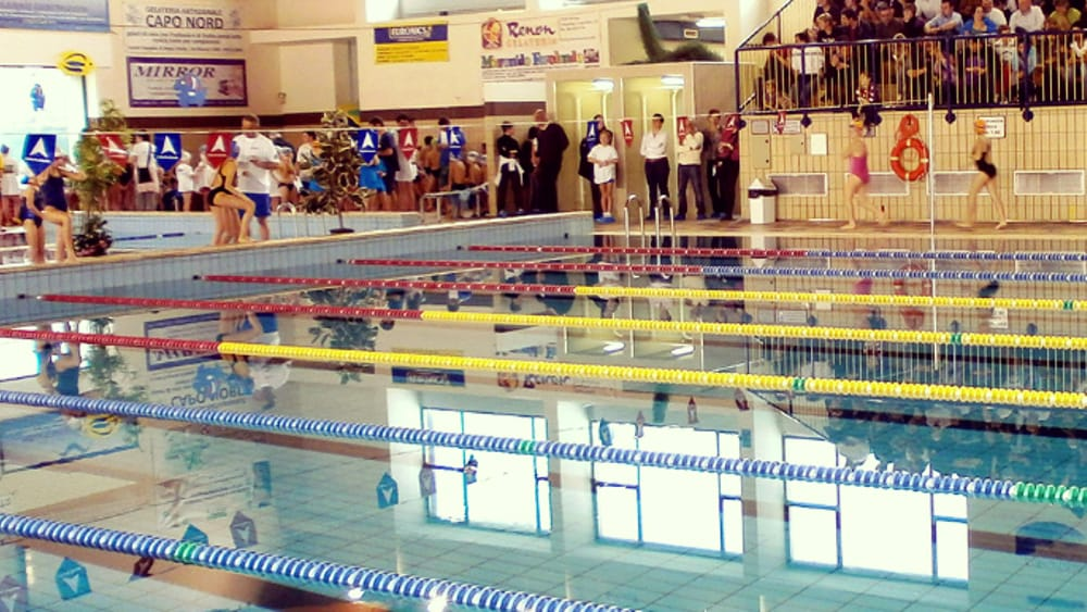 Monza riapre la piscina nei c 39 anche una nuova sala studio - Piscina lentate sul seveso ...